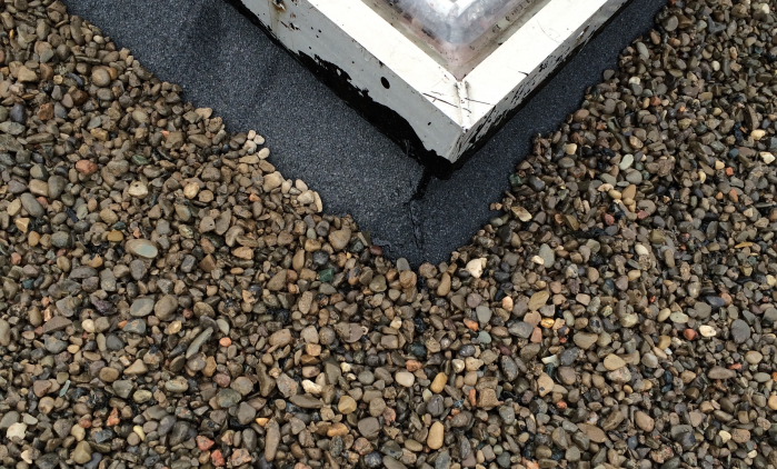 Commercial flat roof gravel